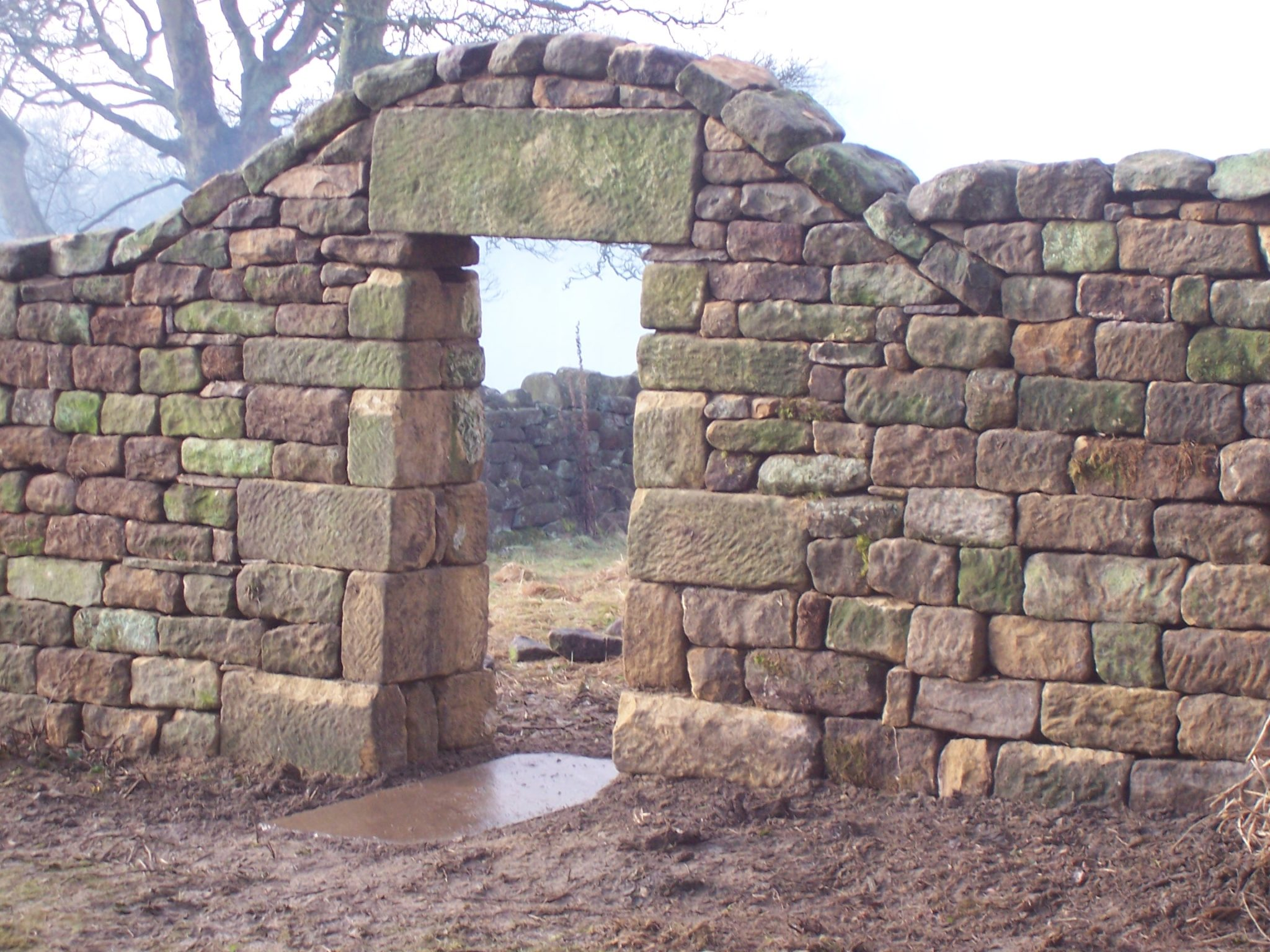 arch-doorway-with-a-lintel-support-2