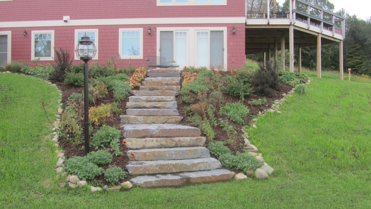 dry-stone-stairs-built-by-brian-post-1